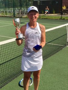 Ladies Champion: Nicky!
